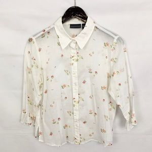 🧹🧹 Relativity White Floral Print Sheer Button Up